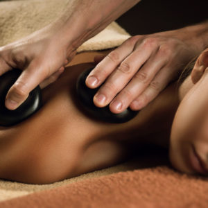 massage aux pierres macon
